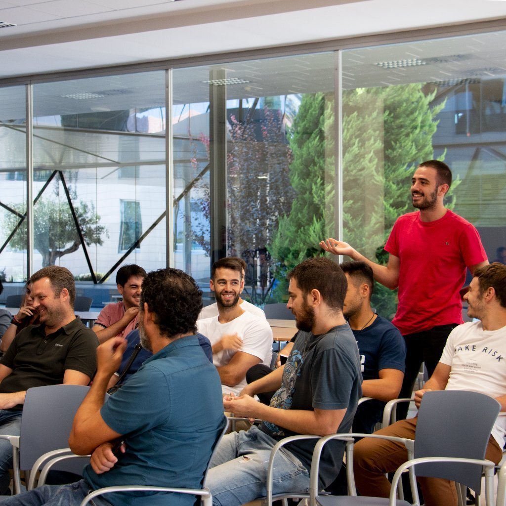 "El Área de Desarrollo de EDICOM celebra su jornada ""Retrospectiva I+D"""