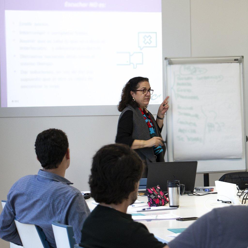 EDICOM realiza un curso sobre coaching activo